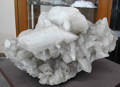 The largest Colemanite in the world , World's Largest Crystals II