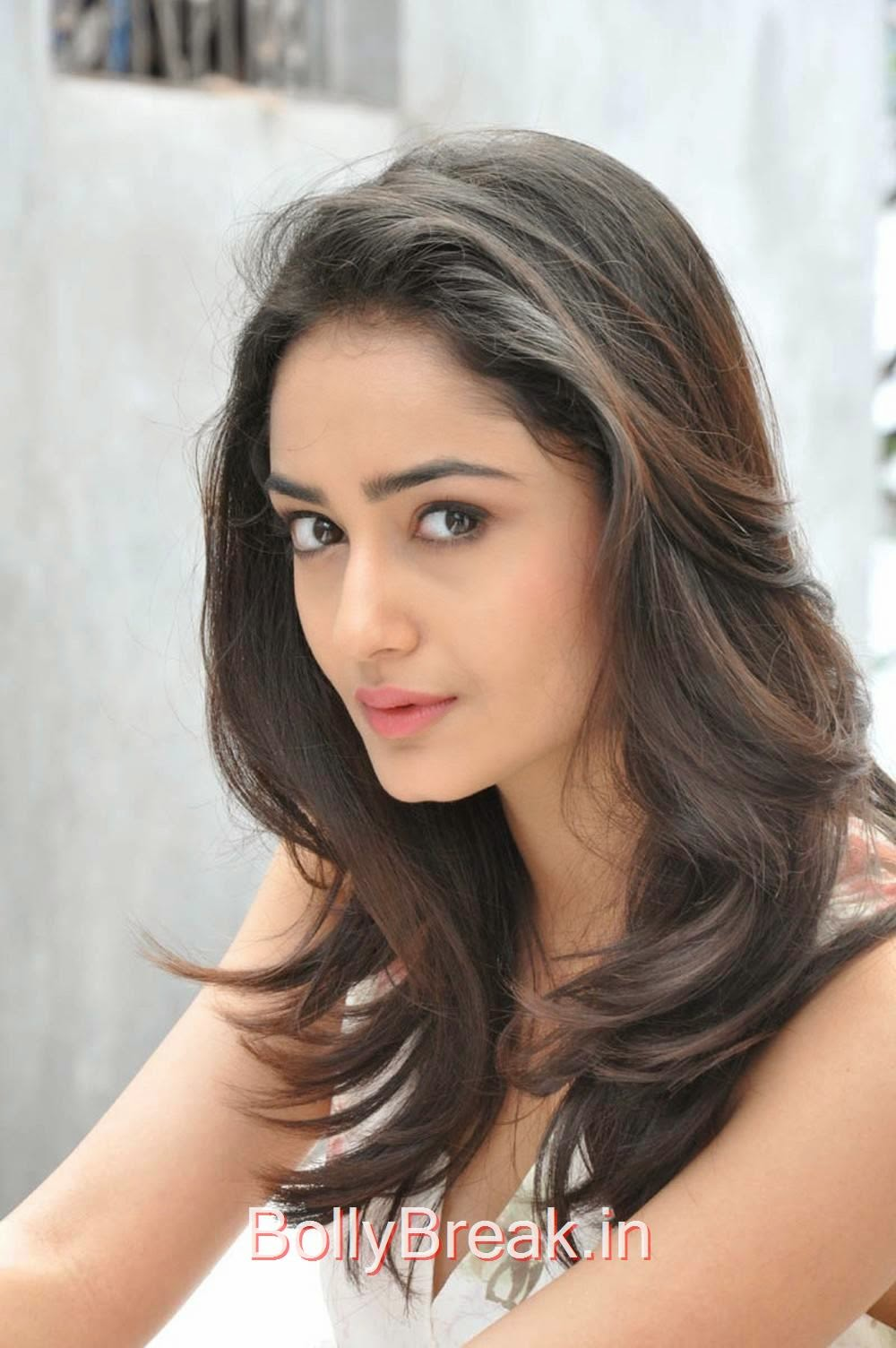 Tridha Choudhury Photos At Surya Vs Surya Movie Press Meet, Tridha Choudhury Hot Pics from Surya Vs Surya Movie Interview