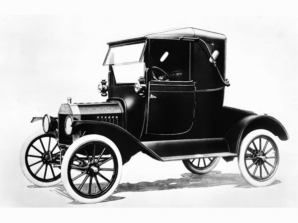 Affordable At Only 550 The Model T Was Lightweight And Maneuverable Let S See How It Compares To Today F 150