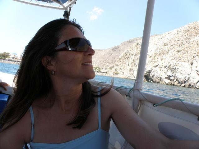 Bootstour nach Kamari Beach, Santorin