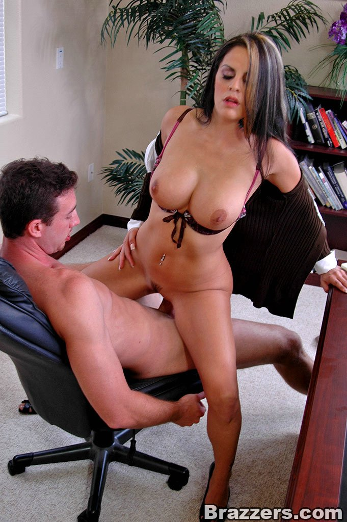 Fuck a busty office girl, bodybuilder girl nude bend over