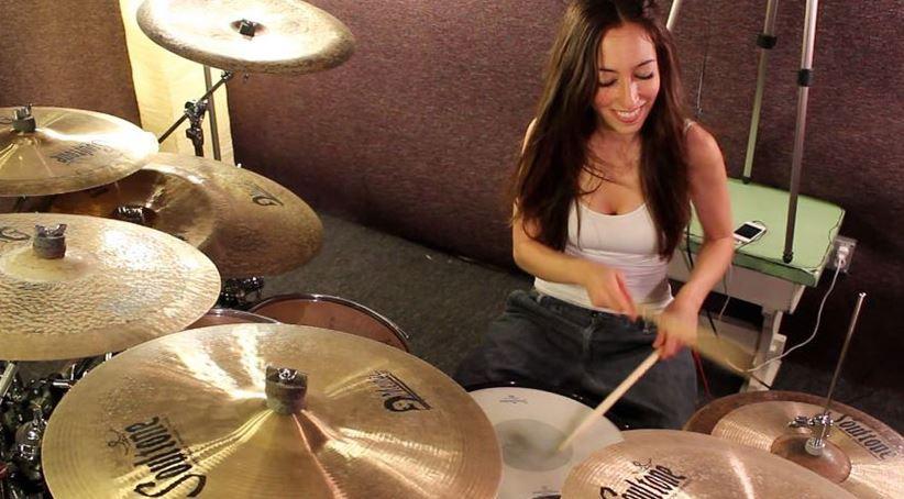 Meytal Cohen, baterista femenina machirulos