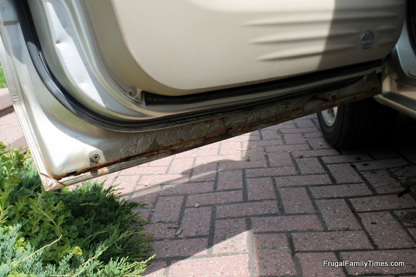 how to cover up rust on car