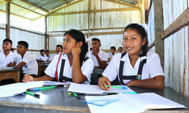 Aprueban modelo alternativo de educación para comunidades rurales