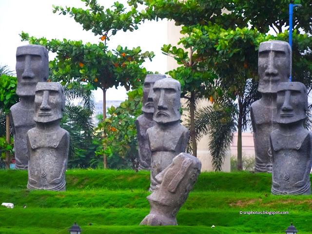 Replica of Easter Island at Eco Tourism Park, Kolkata