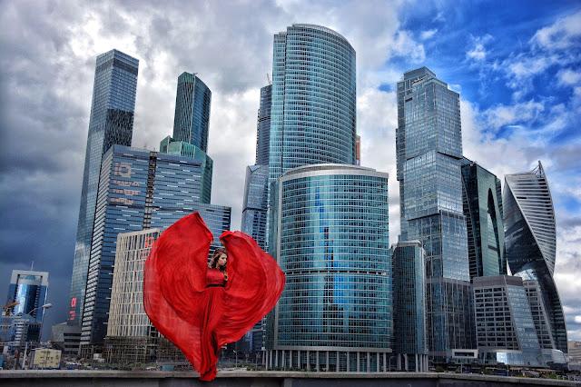 My dress stories фотосессии в платьях в разных уголках мира фотопроект блогера Ninelly москва сити
