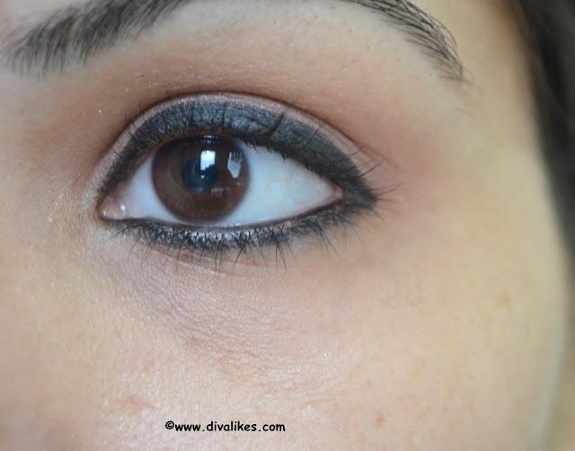 Revlon Kohl Kajal Eyeliner Pencil 011 Black Eye Swatch