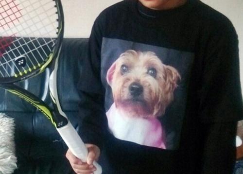 実家父がどっかでTシャツを作ってきて息子に着せてた(笑)