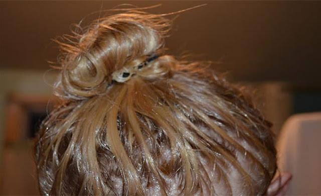 كيفية استخدام زيت الزيتون لتكثيف الشعر