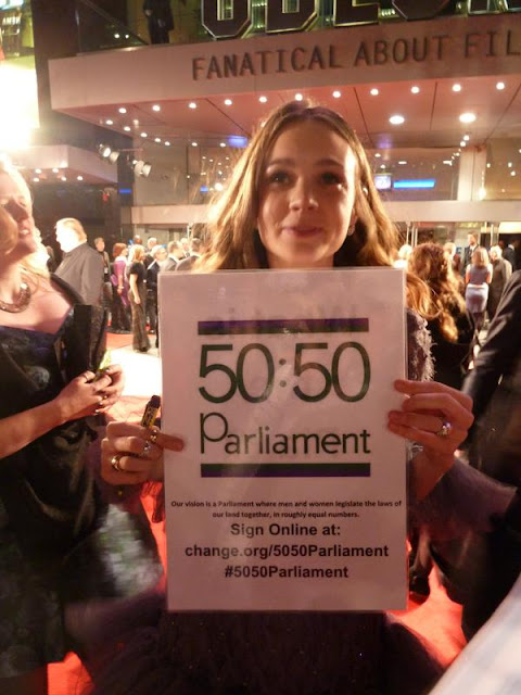 Carey Mulligan Campaigns for her daughter on the Red Carpet at the Suffragette Premier! #5050Parliament