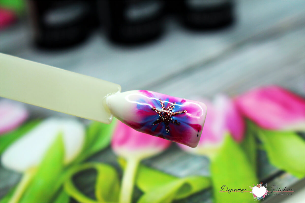 NeoNail  Lakiery hybrydowe Kolekcja Aquarelle - Raspberry Aquarelle, White Aquarelle, Navy Aquarelle, Fuchsia Aquarelle