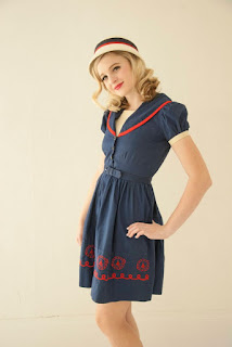 https://www.etsy.com/listing/576073750/vintage-navy-sailor-dress-blue-cotton?ref=shop_home_active_55
