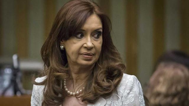 Juez dicta procesamiento con prisión preventiva contra Cristina Fernández