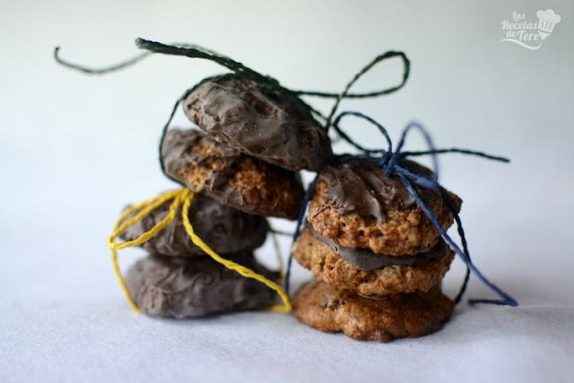 Galletas de muesli coco y cubierta de chocolate 03