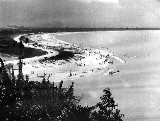 Praia de Camburi, 1969. Fotógrafo não identificado.