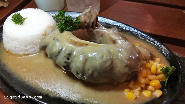 Rodrigo's Cansi house - Bacolod restaurant - sizzling cansi steak