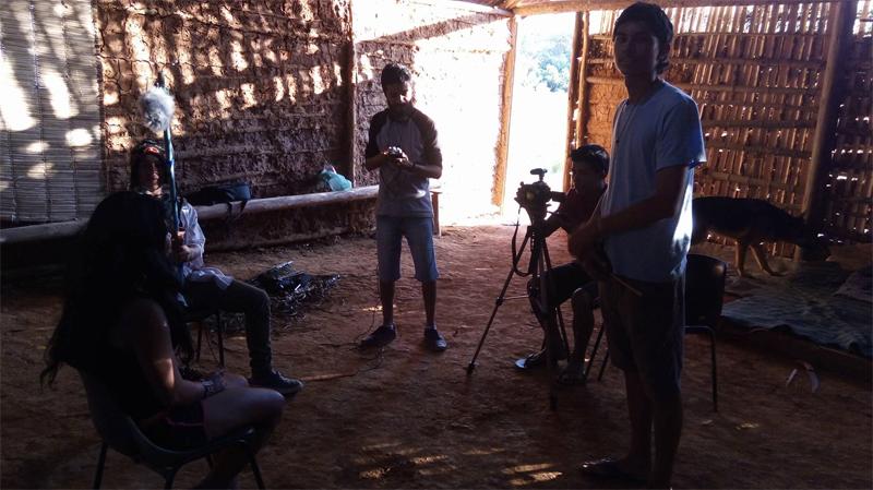 Thiago Carvalho e equipe em ação na TI Jaraguá. Foto: acervo Thiago Carvalho