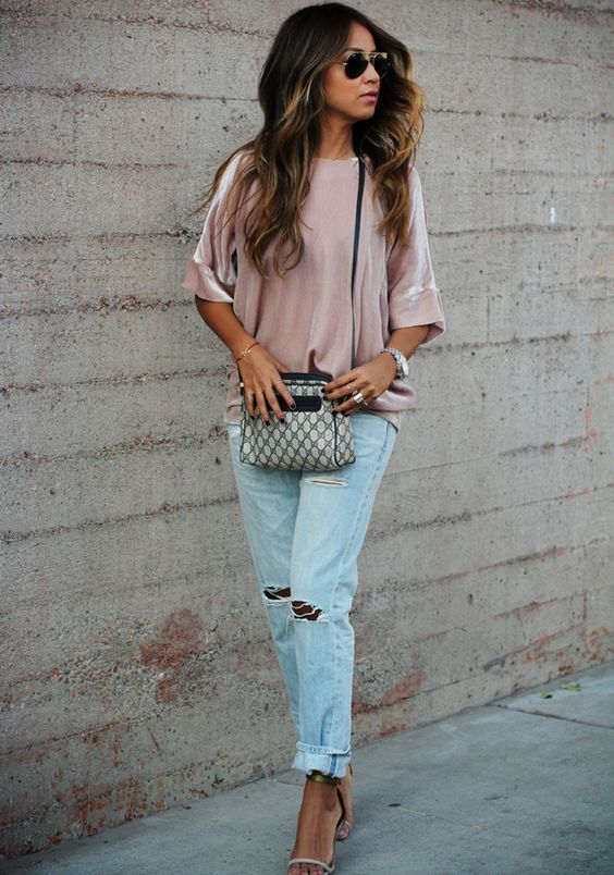 Sincerely Jules - Ray Ban Aviators, Gucci Bag, Vintage Levis Jeans, Blush Pink