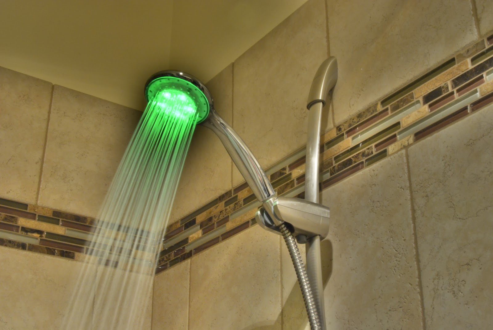 Led Light Up Glow Products : Handle LED Light Up Shower Head