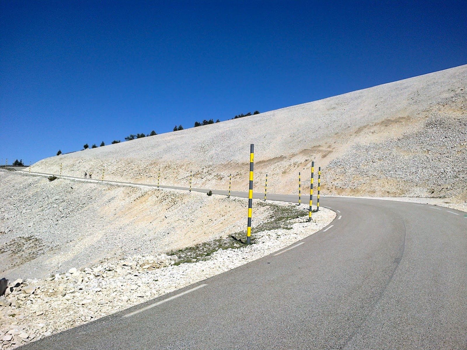 cycling up Mont Ventoux - the giant of Provence  bd8a377b1