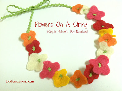 Flower necklace (or bracelet) by Toddler Approved