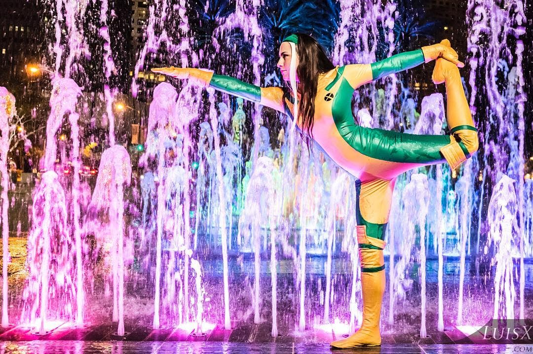 Emma Lee is a cosplay that transformed into a mutant rogue of X-Men
