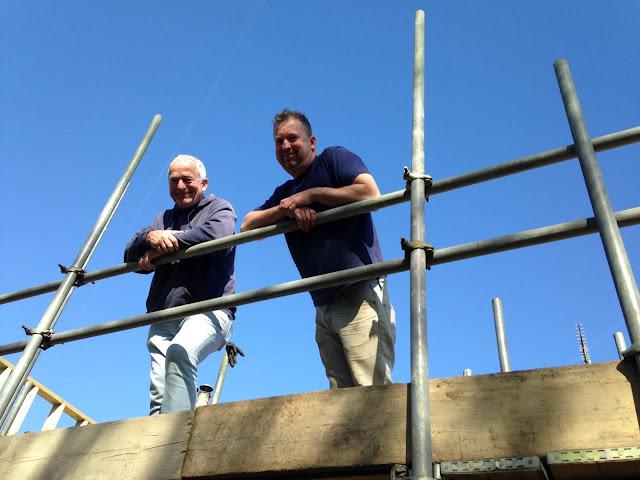 builders on scaffold