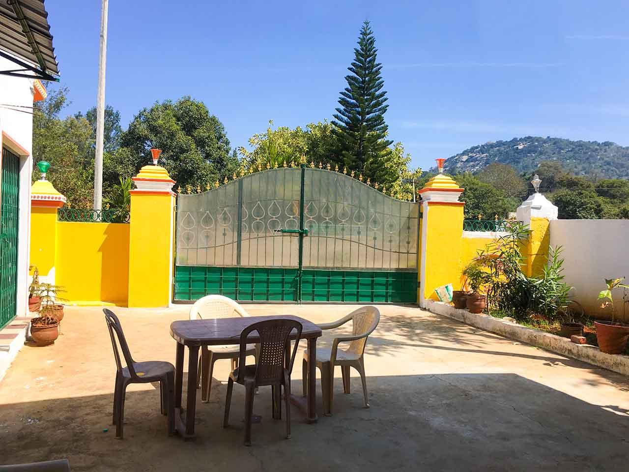 low price yelagiri hills stay