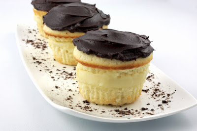 http://gracessweetlife.com/2010/05/boston-cream-pie-cupcakes/