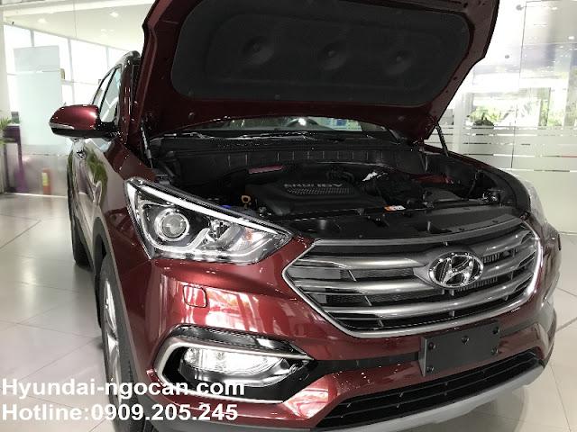 Santafe 2017 màu đỏ mận Hyundai Santafe 2017 màu đỏ mận | Đỏ Bordeaux mới HWBX0537