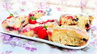http://natomamochote.blogspot.com/2018/07/drozdzowki-z-truskawkami-i-czekolada.html