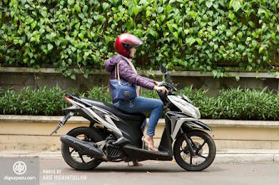 Lima Fakta Unik Pengendara Wanita, kebiasan buruk pengendara wanita, lady biker, pengendara wanita, rok celana, jual rok celana, Ella Nurhayati, http://kataella.blogspot.com/