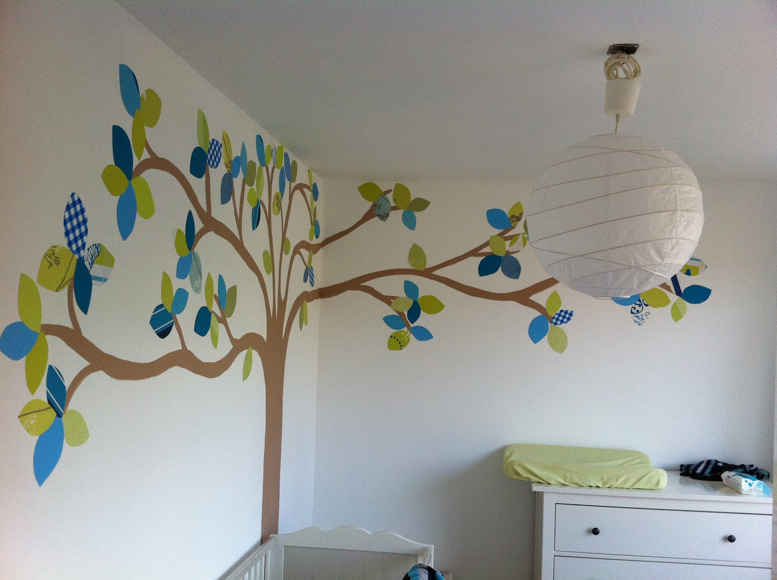 Behang Babykamer Boom.Behang Boom Kinderkamer