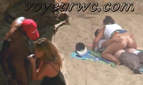 Beach Safaris Sex 20 (Sex On the Beach. Public Beach Sex Voyeur)