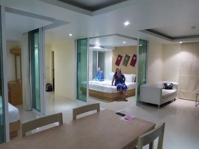 Dormitorio del hotel Mandawee Resort, Krabi, Tailandia, La vuelta al mundo de Asun y Ricardo, vuelta al mundo, round the world, mundoporlibre.com