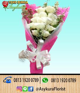 Toko Bunga Tangan Hand Bouquet Karawang Cikarang