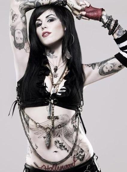 hermosas mujeres tatuadas