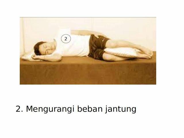manfaat-tidur-miring-kanan