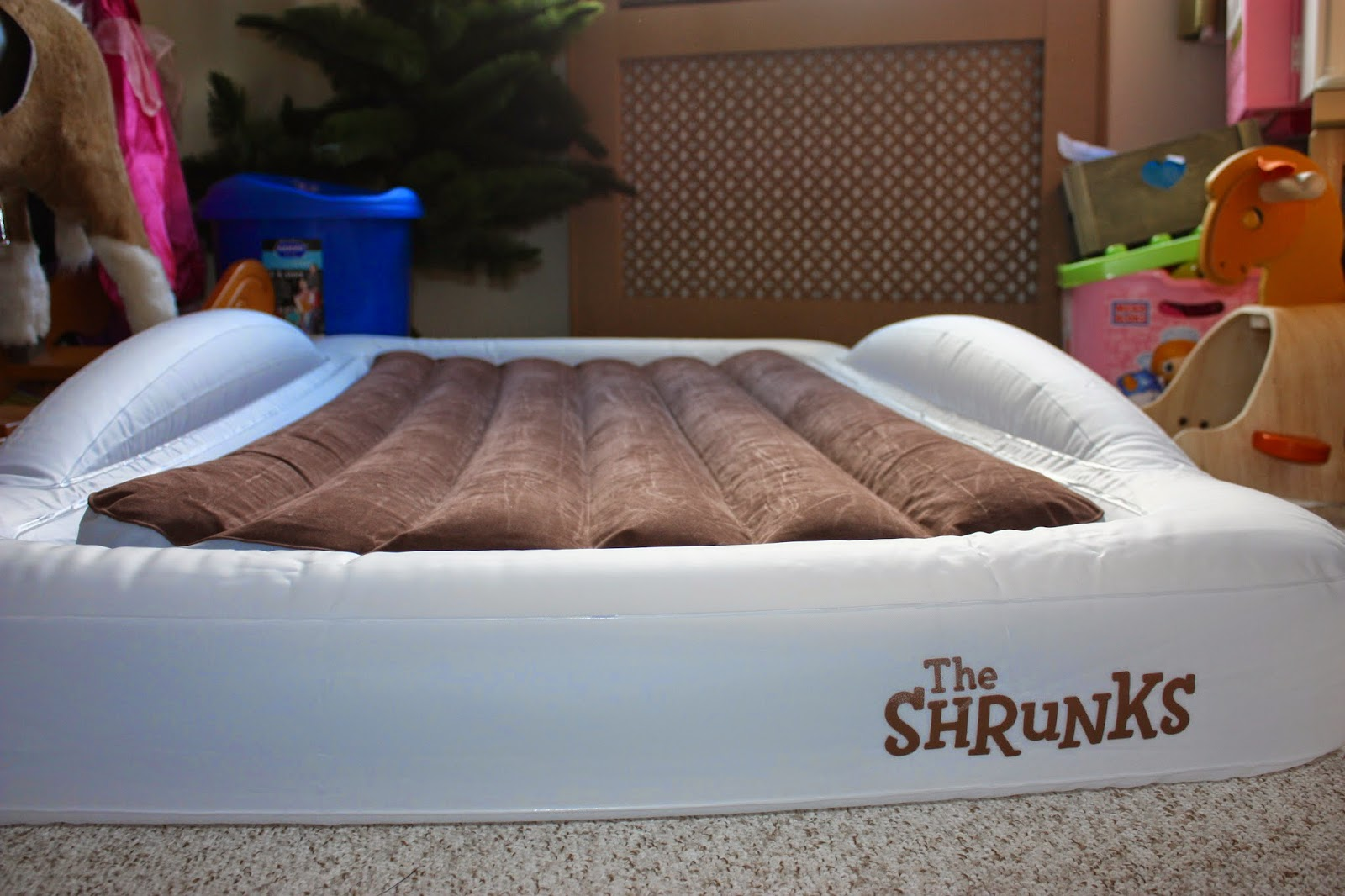 Mellow Mummy The Shrunks Toddler Travel Bed Review