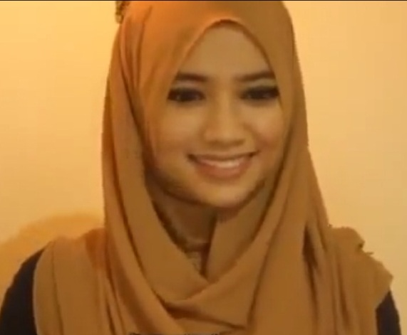 Video Hijab: Tutorial Hijab Simple