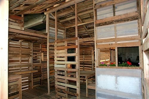 This Is The Pallet Emergency Home. It Can Be Built In 1 Day With Only Basic Tools. - It's easy to build with found materials, which makes it ideal for housing during times of natural disaster, plagues, famine, political and economic strife or war.
