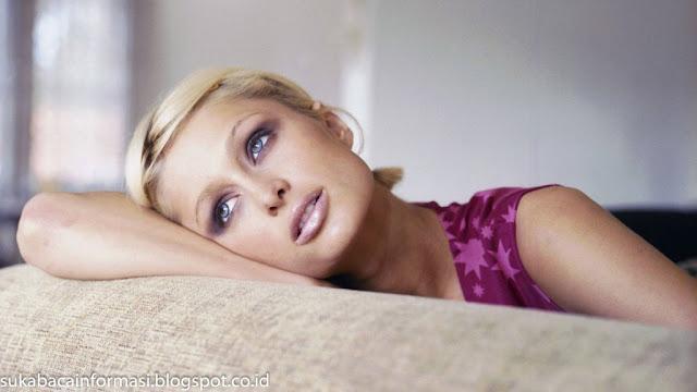 Koleksi Foto Paris Hilton