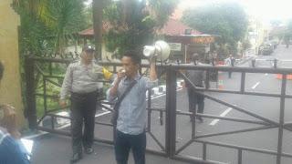 KAPAK NTB Demo Kades Sumi Soal Dugaan Pungli Program Prona