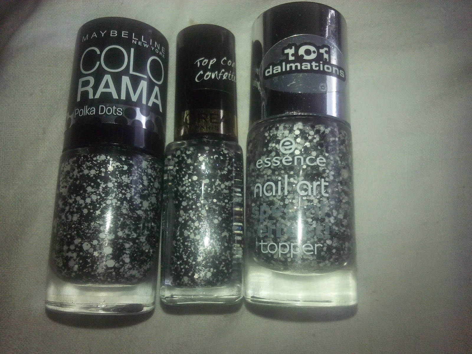 comparisson-exxence-black-dress-white-tie-maybelline-clearly-spotted-loreal-confettis
