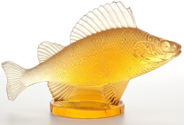 A Lalique glass goldfish