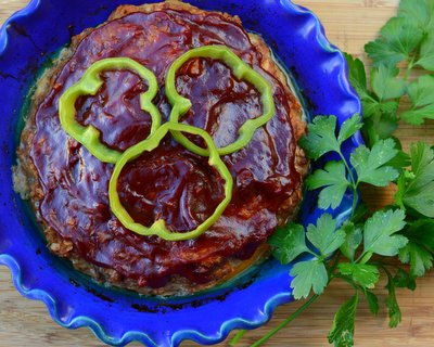 Elk Meatloaf ♥ KitchenParade.com, also works with beef, bison, venison, turkey, the Quaker Oats recipe, totally tasty. Weight Watchers Friendly. Naturally Gluten Free. High Protein.