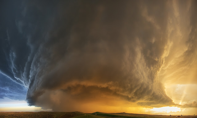 20 breathtaking photos of Weather Phenomena. Extreme Supercell