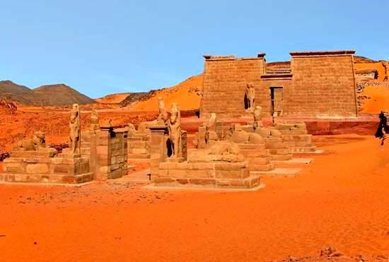 Templo de Wadi al-Sabua, cerca del lago Nasser.