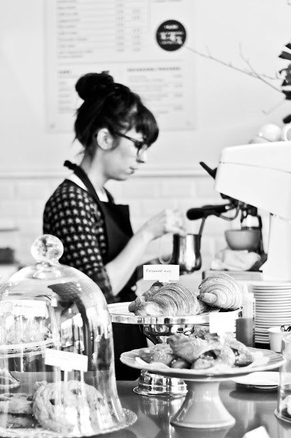 barista, photo,emmanuelle-ricard,blogue, anthraicite-aime,montreal