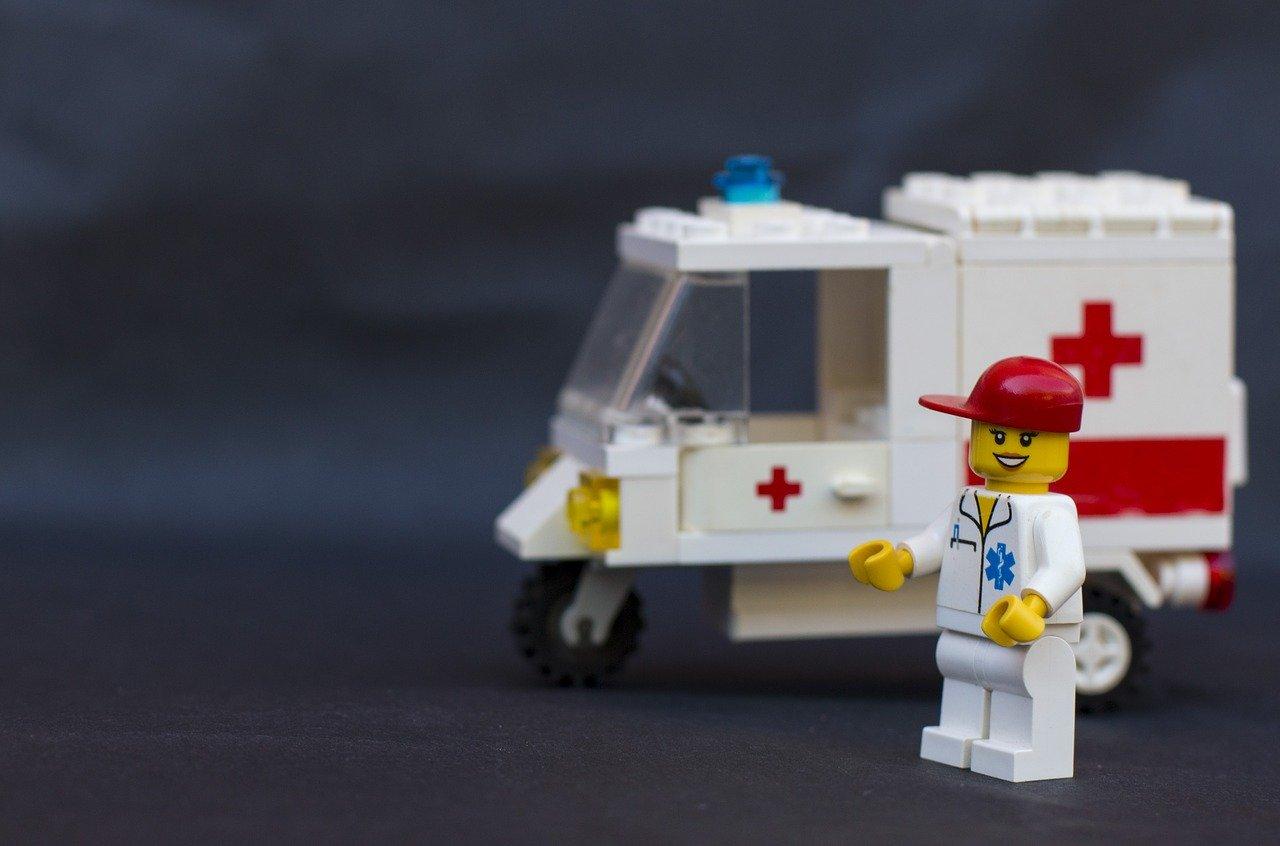 Que acciones emprender en el caso de un siniestro en automoviles de primeros auxilios